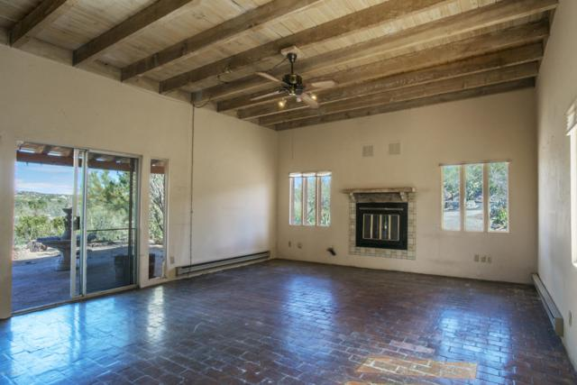 901 W Valle Del Oro Road, Tucson, AZ 85737 (#21906922) :: Long Realty - The Vallee Gold Team