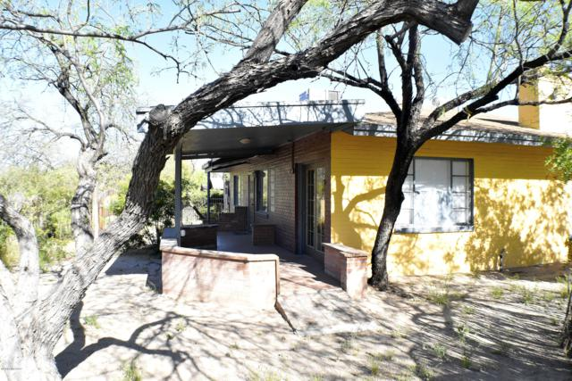1104 E Waverly Street, Tucson, AZ 85719 (#21909030) :: Long Realty - The Vallee Gold Team