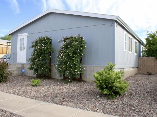 2960 E Cottonwood Club Lane, Tucson, AZ 85706 (#21915897) :: Long Realty Company