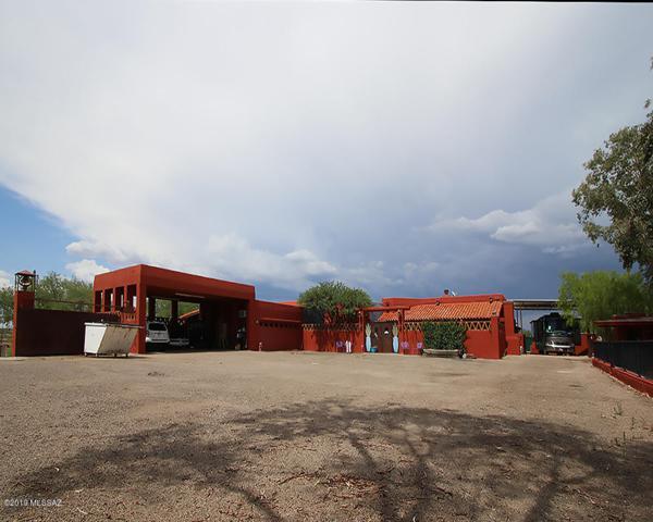 893 Gecko Lane, Rio Rico, AZ 85648 (#21919645) :: Long Realty Company