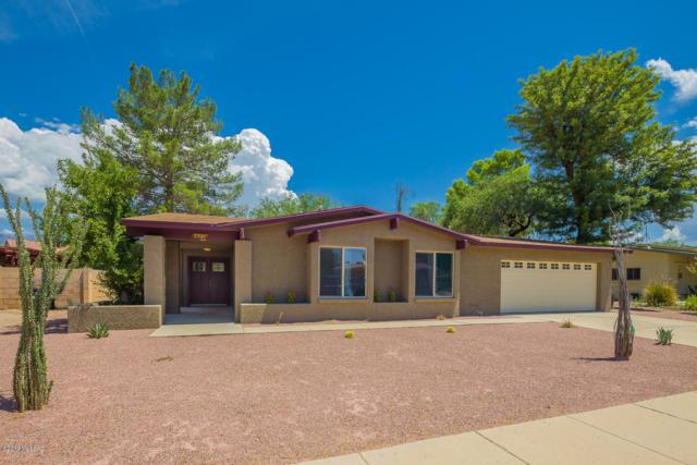 7521 E La Cienega Drive, Tucson, AZ 85715 (#21920759) :: Long Realty - The Vallee Gold Team