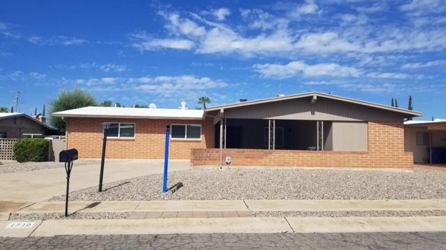 1710 S Palm Springs Circle, Tucson, AZ 85710 (#21920996) :: Long Realty Company