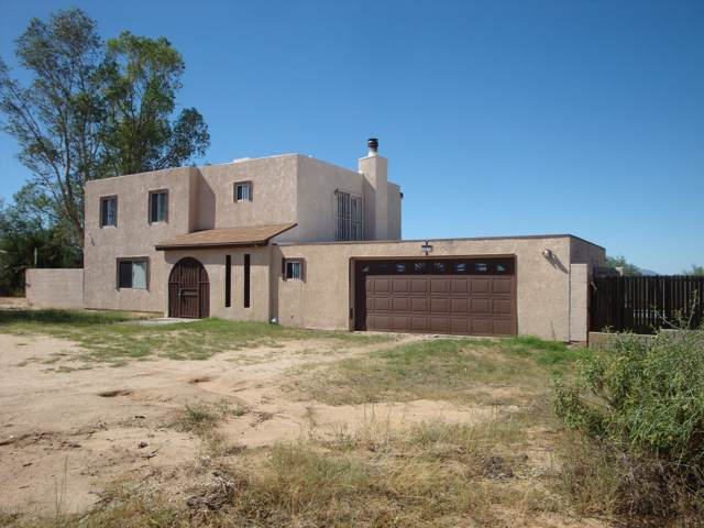 10870 S Sierrita Mountain Road, Tucson, AZ 85736 (#21923457) :: Long Realty - The Vallee Gold Team
