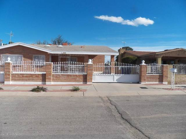 5235 S Burke Circle, Tucson, AZ 85706 (#21925786) :: Long Realty - The Vallee Gold Team