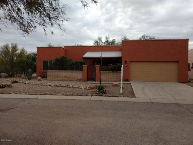 10546 E Kay Gartrell Place, Tucson, AZ 85747 (#22001573) :: Long Realty - The Vallee Gold Team