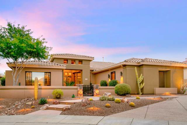 13949 Steprock Canyon Place, Oro Valley, AZ 85755 (#22002072) :: Long Realty - The Vallee Gold Team