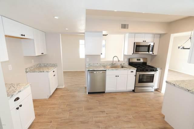 210 S Abrego Drive, Green Valley, AZ 85614 (#22008531) :: The Local Real Estate Group | Realty Executives