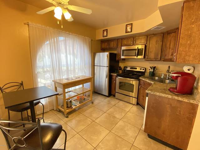 120 W Calle Del Ano, Green Valley, AZ 85614 (#22008961) :: Long Realty - The Vallee Gold Team