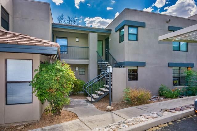 5855 N Kolb Road #4104, Tucson, AZ 85750 (#22011218) :: Long Realty - The Vallee Gold Team