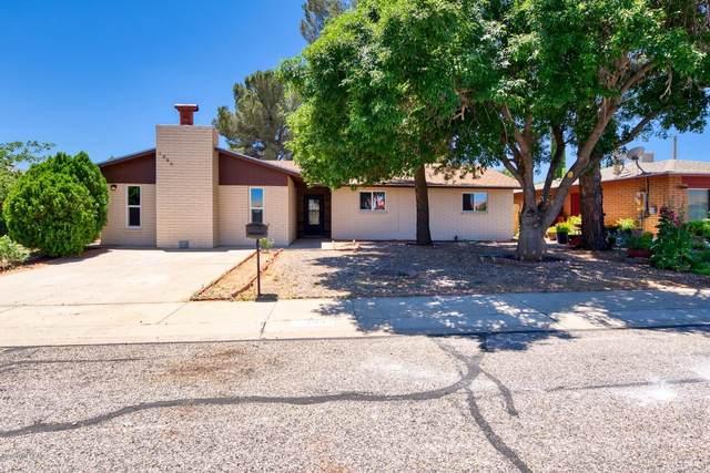 1080 N Catalina Drive, Sierra Vista, AZ 85635 (#22012213) :: Long Realty Company