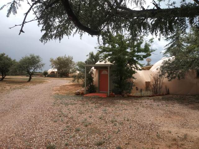 6076 E Calle Lobo, Hereford, AZ 85615 (MLS #22021538) :: The Property Partners at eXp Realty