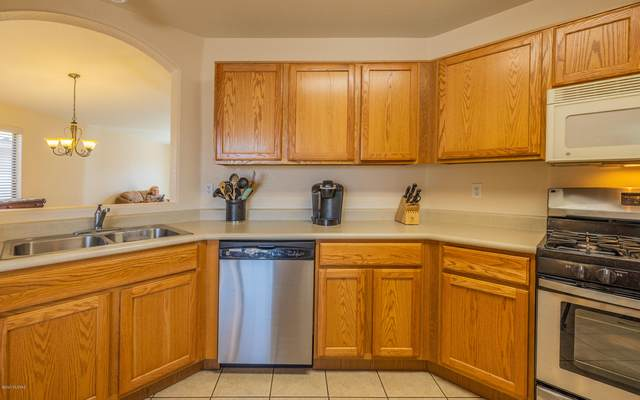 7063 S Providence Drive, Tucson, AZ 85757 (#22023275) :: Long Realty - The Vallee Gold Team