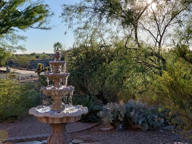 1260 W Camino Urbano, Green Valley, AZ 85622 (#22027502) :: Keller Williams