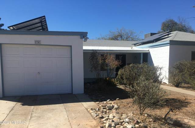 1741 N Desmond Lane, Tucson, AZ 85712 (#22029980) :: Long Realty - The Vallee Gold Team
