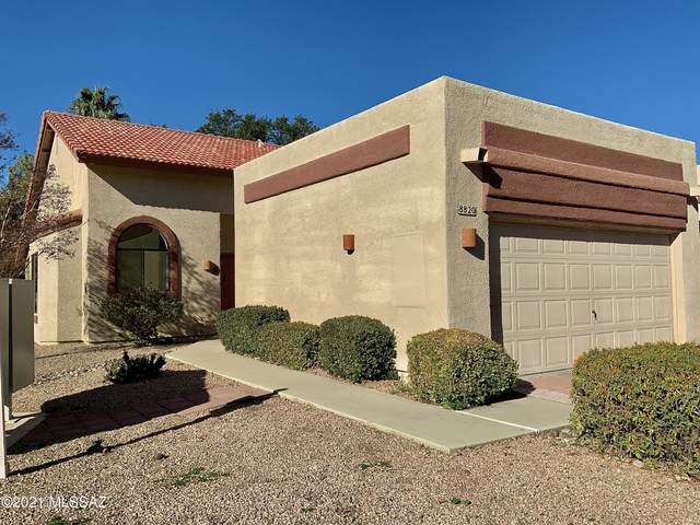 8820 N Arnold Palmer Drive, Tucson, AZ 85742 (#22105848) :: Long Realty - The Vallee Gold Team