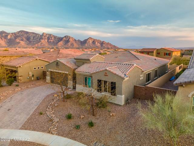 13570 N Palo Brea Way, Oro Valley, AZ 85755 (#22105985) :: Long Realty Company