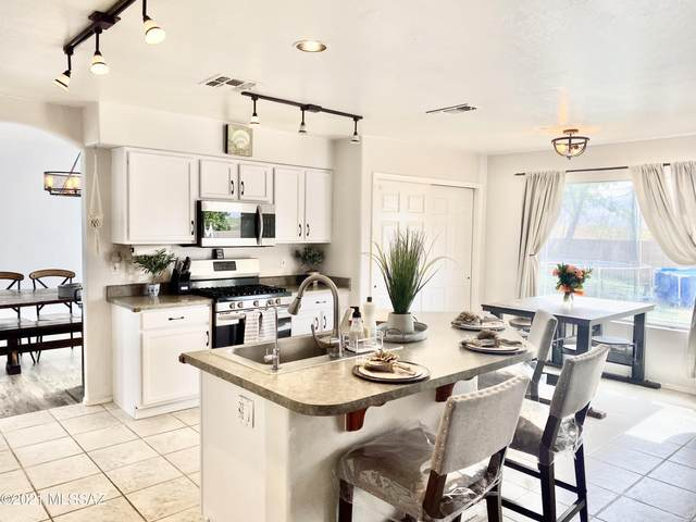 13339 N Lithic Lane, Oro Valley, AZ 85755 (#22109291) :: Long Realty - The Vallee Gold Team