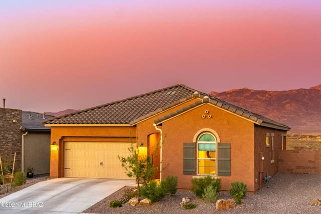 13220 N Weatherglass Drive, Oro Valley, AZ 85755 (#22110394) :: Long Realty - The Vallee Gold Team