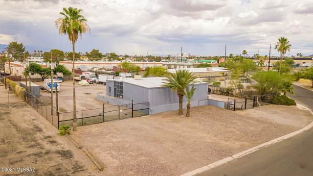 2450 N Jackrabbit Avenue, Tucson, AZ 85745 (#22114037) :: Long Realty - The Vallee Gold Team
