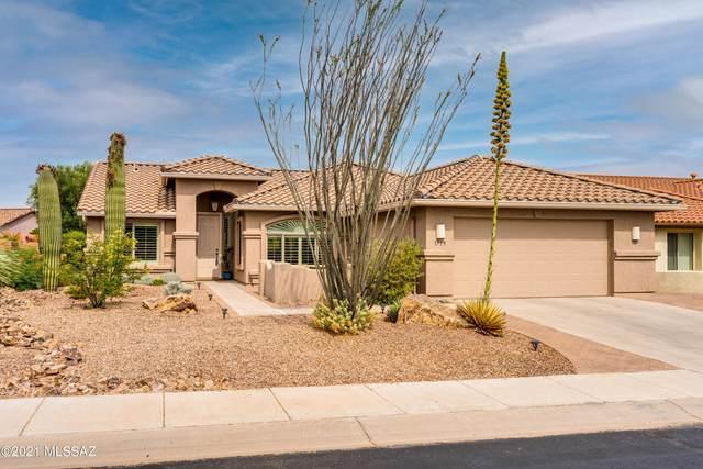 1739 N Laguna Oaks Drive, Green Valley, AZ 85614 (#22116282) :: Gateway Partners International