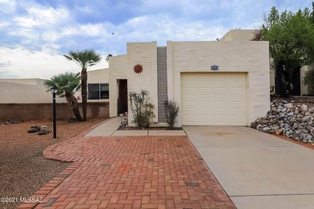 2741 S Calle Morena, Green Valley, AZ 85622 (#22118901) :: Long Realty Company