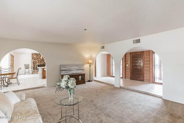 9460 E Catalina Highway, Tucson, AZ 85749 (#22118998) :: Luxury Group - Realty Executives Arizona Properties
