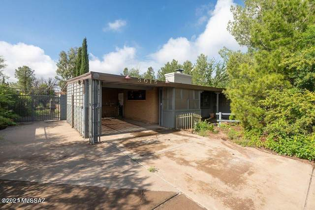 3015 E 13Th Street, Douglas, AZ 85607 (#22124591) :: Long Realty Company