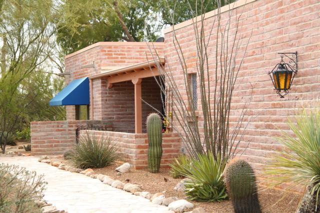 1021 E Via Soledad, Tucson, AZ 85718 (#21805227) :: RJ Homes Team