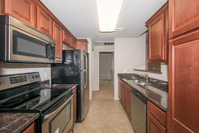 2550 E River Road #20106, Tucson, AZ 85718 (#21814854) :: Long Realty Company