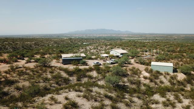 975 E Two Hills Back Road, Benson, AZ 85602 (#21817477) :: Long Realty - The Vallee Gold Team