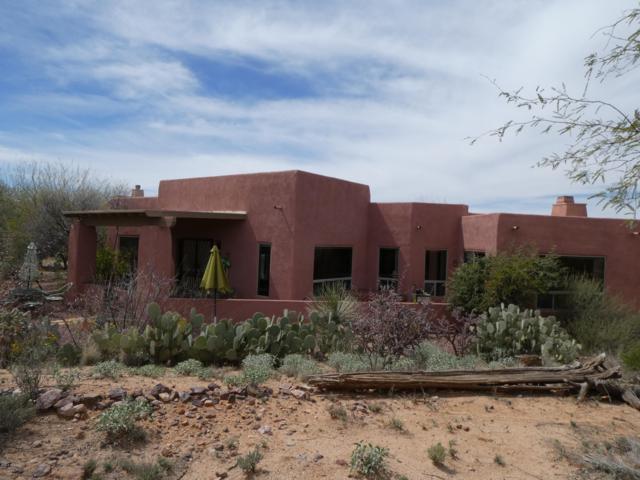 13817 E Langtry Lane, Tucson, AZ 85747 (#21825298) :: Long Realty - The Vallee Gold Team