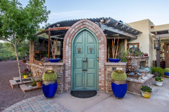 3640 W Calle Cinco, Green Valley, AZ 85622 (#21911581) :: Keller Williams