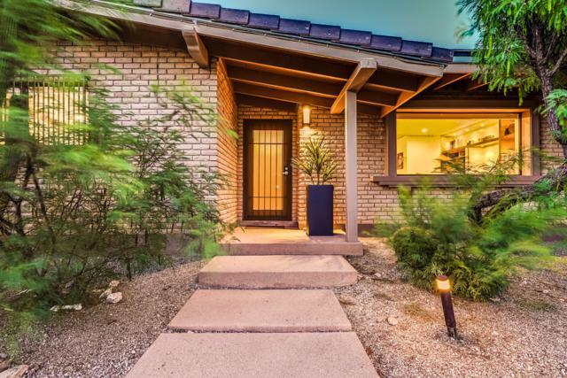 2225 E Camino El Ganado, Tucson, AZ 85718 (#21918303) :: The Local Real Estate Group | Realty Executives