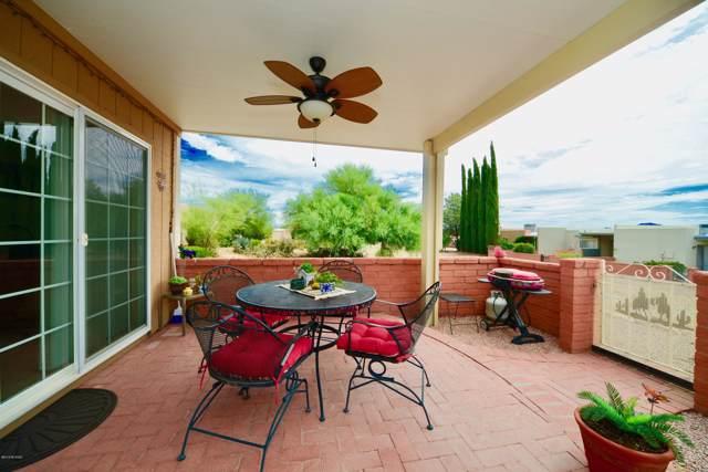 1362 N Via Alamos, Green Valley, AZ 85614 (#21930344) :: Long Realty - The Vallee Gold Team