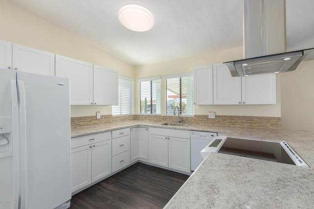 6154 S Mainside Drive, Tucson, AZ 85746 (#22011110) :: Long Realty - The Vallee Gold Team