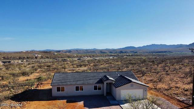 77 Vereda Patria, Rio Rico, AZ 85648 (#22012438) :: Tucson Real Estate Group