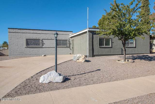 1810 S Palm Springs Circle, Tucson, AZ 85710 (#22031759) :: Long Realty - The Vallee Gold Team