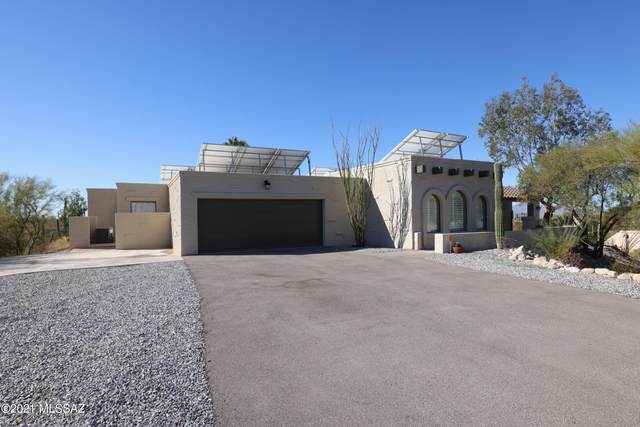 6960 N Chaparral Avenue, Tucson, AZ 85718 (#22104780) :: Long Realty - The Vallee Gold Team