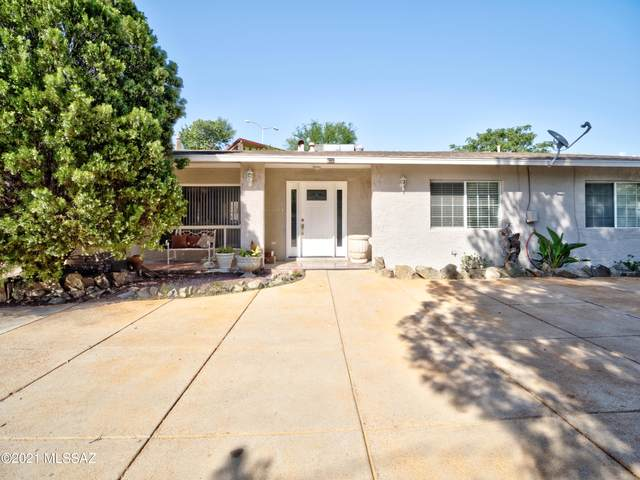 1112 W Cimarron Street, Nogales, AZ 85621 (#22123032) :: Long Realty - The Vallee Gold Team