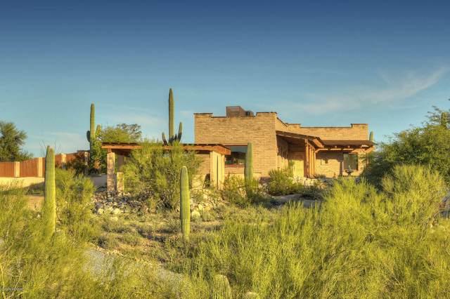 4455 N Camino Del Santo, Tucson, AZ 85718 (#22000241) :: Long Realty - The Vallee Gold Team