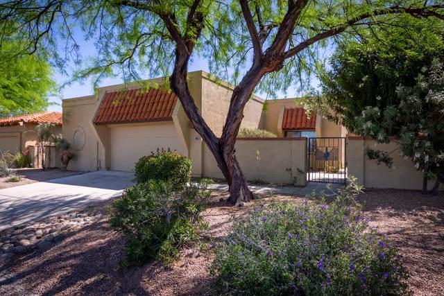 720 E Camino Diestro, Oro Valley, AZ 85737 (#22010738) :: Keller Williams