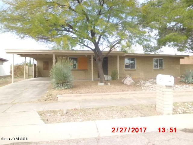 4235 S Queen Palm Drive, Tucson, AZ 85730 (#21716802) :: The Anderson Team | RE/MAX Results