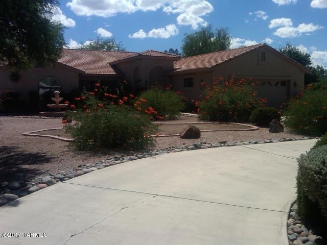7902 E Mabel Drive, Tucson, AZ 85715 (#21719531) :: The Josh Berkley Team