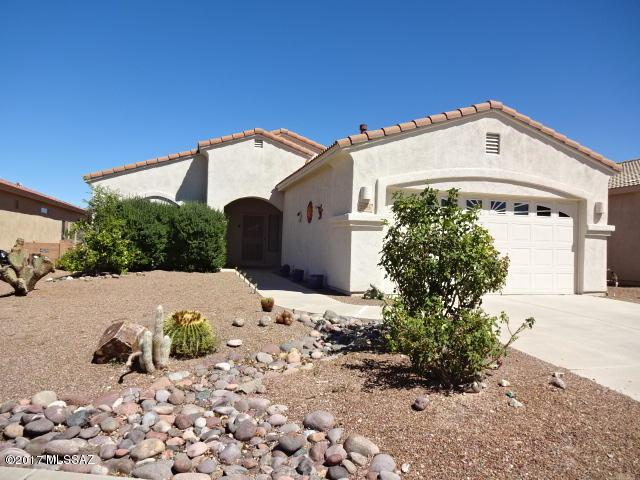 2193 S Via Pompilo, Green Valley, AZ 85614 (#21728612) :: Long Realty - The Vallee Gold Team