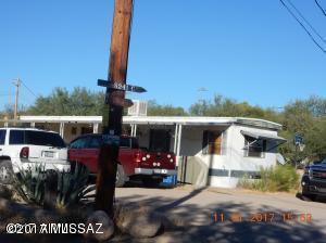 4349 W Valencia Road, Tucson, AZ 85746 (#21729212) :: The KMS Team