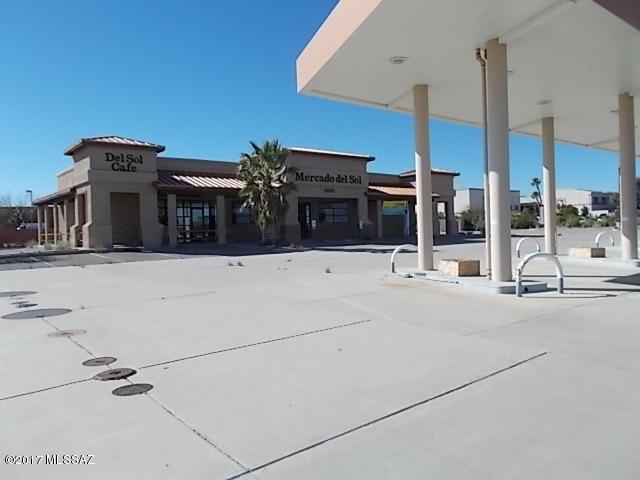 3000 S Camino Del Sol, Green Valley, AZ 85622 (#21730224) :: RJ Homes Team