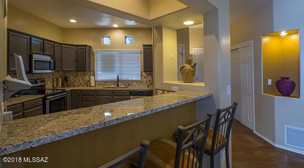 655 W Vistoso Highlands Drive #150, Oro Valley, AZ 85755 (#21801477) :: RJ Homes Team