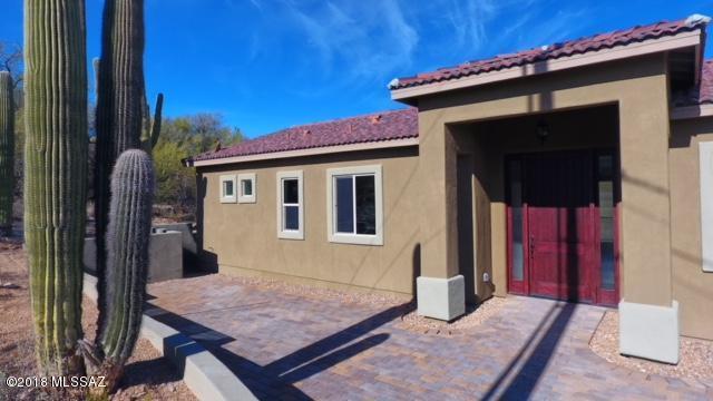 4523 N Hacienda Del Sol, Tucson, AZ 85718 (#21802662) :: My Home Group - Tucson