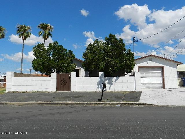 3819 S 3rd Avenue, Tucson, AZ 85714 (#21802949) :: RJ Homes Team