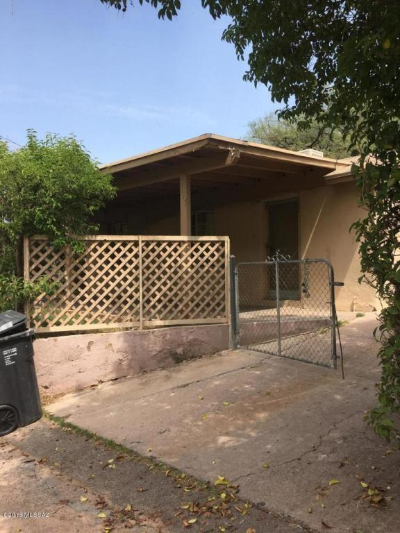 157 E Beck Street, Nogales, AZ 85621 (#21803627) :: RJ Homes Team